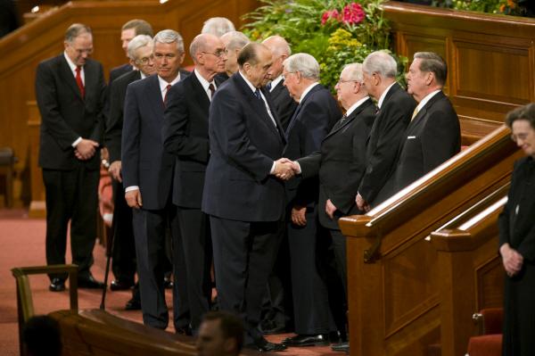 Johtavien veljien hyväksyminen ja tukeminen: Herra antaa enemmän ohjeita kuin selityksiä