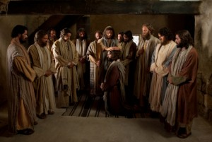 Jeesus kutsui ja antoi pappeuden valtuuden kaikille apostoleilleen toimia Hänen alkukirkkonsa johtajina maan päällä.