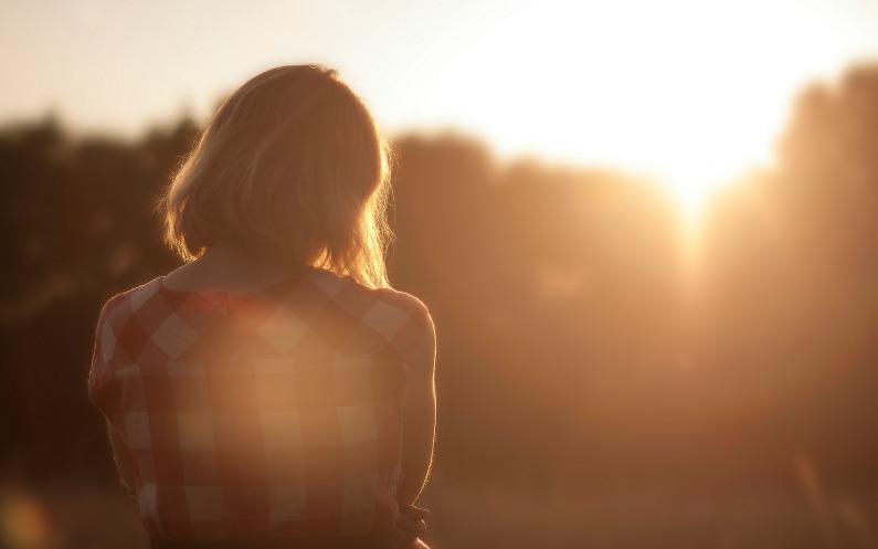 Miten äitiys ja Kristuksen sovitus auttoivat minua selviytymään anoreksiasta?