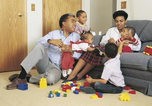 perheet ovat yhteiskunnan perusyksikkö