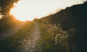 Usko on polku kohti auringonlaskua