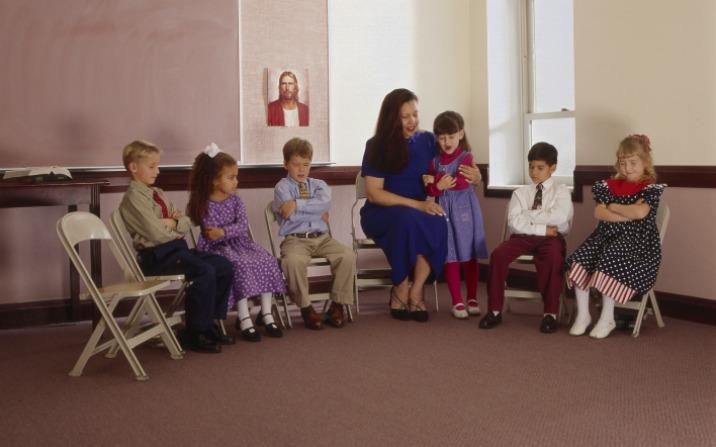56 sunnuntaitoimintaa lapsille