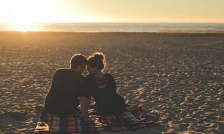 Vain naimattomille aikuisille: suudelman arvo