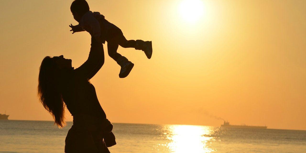 Stressaantuneille äideille: 6 askelta tasapainoisempaan elämään
