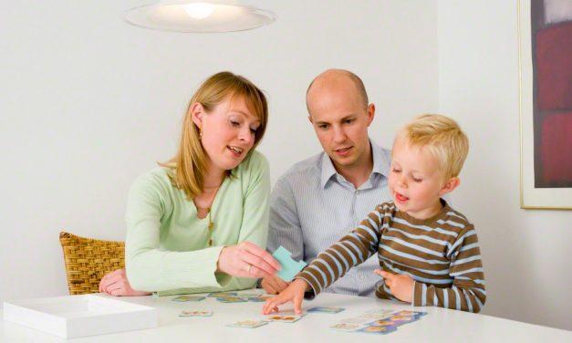 Fyysisestä läheisyydestä opettaminen pienille lapsille: vinkkejä vanhemmille