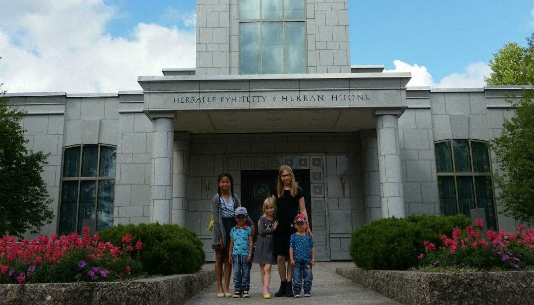 12-vuotiaan Sonjan ajatuksia temppelistä