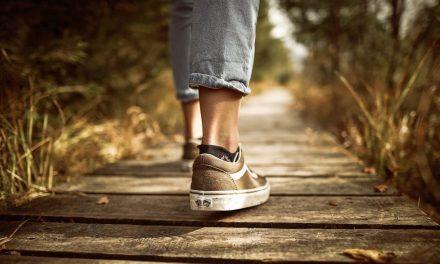 5 asiaa vanhempien muistettavaksi, kun lapsi ei valitsekaan kirkkoa