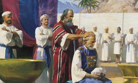 Kuinka kauan pyhitetty öljy on ollut osana siunausten antamista?