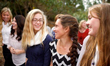 Uskon kilpi – Miksi mormoninuoret ovat onnellisia ja menestyviä