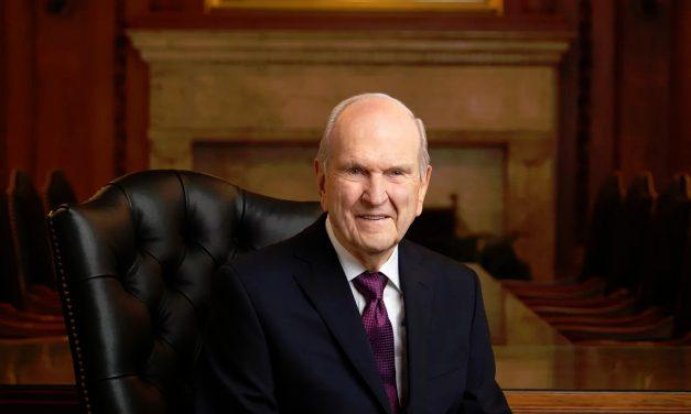 Presidentti Nelson puhuu maailmalle toivosta ja parantumisesta uskon kautta