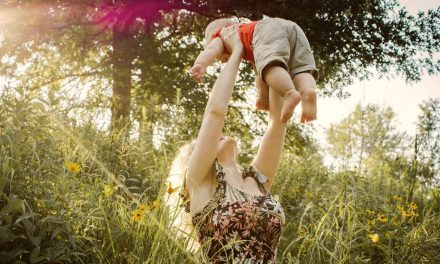 Äitiyden iankaikkinen luonne